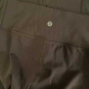 Authentic Lululemon 3/4 leggings-Army Green